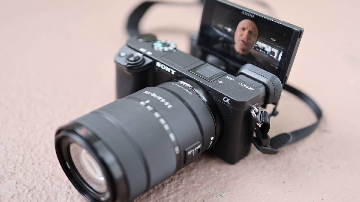 Sony A6400 – Gallery, Body, Performance, and More