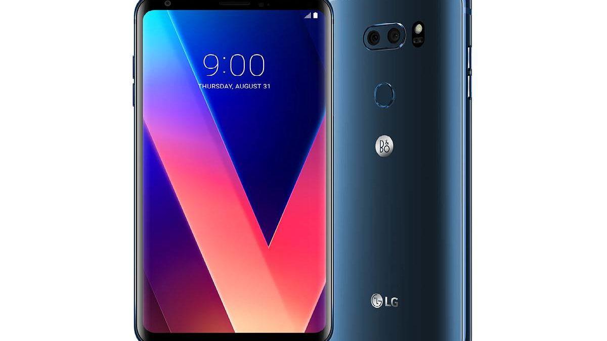 LG V30 Review – Hardware, Cameras, and More